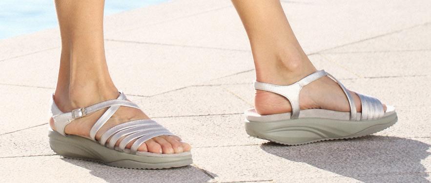 Елегантни женски сандали